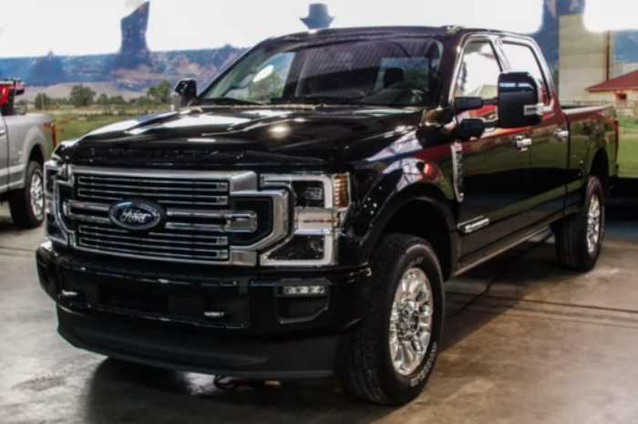 2022 Ford F-450 Exterior